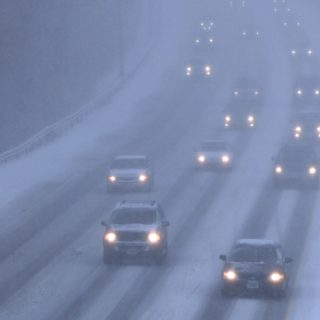 雪のため通行止めです